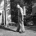 Tako nosijo v kanglah mleko v mlekarno, Polje 1954.jpg