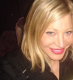 Taylor Dayne all'Hollywood Hot Spot Coco De Ville