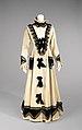Tea dress, 1875.jpg