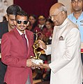 The President, Shri Ram Nath Kovind presenting the Arjuna Award, 2018 to Shri Ankur Dhama for Para-Athletics, in a glittering ceremony, at Rashtrapati Bhavan, in New Delhi on September 25, 2018.JPG