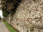 The Roman Town Wall, Head Street to the Balkerne Gate 3.JPG