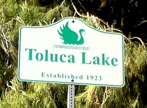English: Signage: Toluca Lake, Los Angeles, Ca...