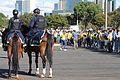 Torcedores chegando ao Mané Garrincha (28738541566).jpg