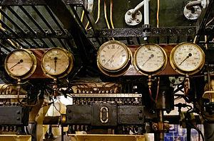 Triple expansion reciprocating steam engine Anadrian MMM n03.jpg