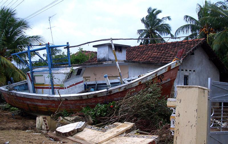 Tsunami 26-12-2004 - Kallady, Batticaloa.JPG