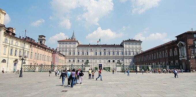 Turin piazza costello
