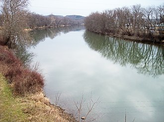 Tuscarawas River - The Tuscarawas River in Dover in 2006