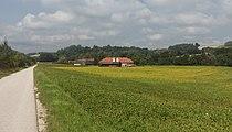 Tussen Kematen am Innbach en Pichl bei Wels, boerenbedrijf in panorama foto3 2017-08-10 11.54.jpg