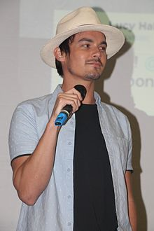 Description de l'image Tyler Blackburn-003 (25602785335).jpg.