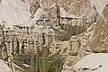 Uçhisar 04 1989 Tuffkegelbildung 1 Tuffschichten.jpg
