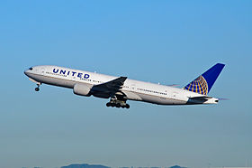 United Airlines - N771UA - Flickr - skinnylawyer (3).jpg