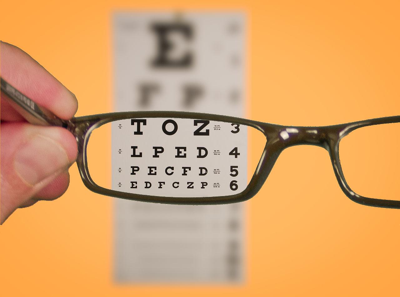 Eye Chart: Vision Of Eyechart With Glasses (5547069087).jpg - Wikimedia ,Chart