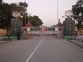 Wagah - Image: Wagha border