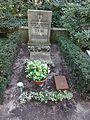 Waldfriedhof dahlem ehrengrab Schwerin von Schwanenfeld.jpg