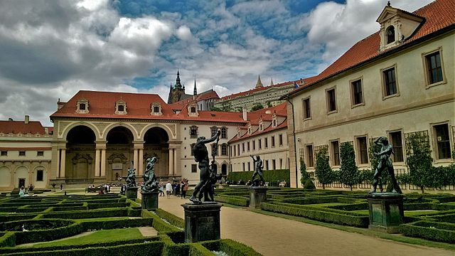 jardin wallenstein de prague mala strana vanupied