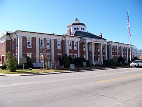Warren County Courthouse, Warrenton, GA.jpg