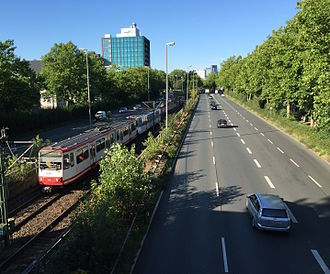 Bundesstraße 1 - Image: Westfalendamm Allee Dortmund