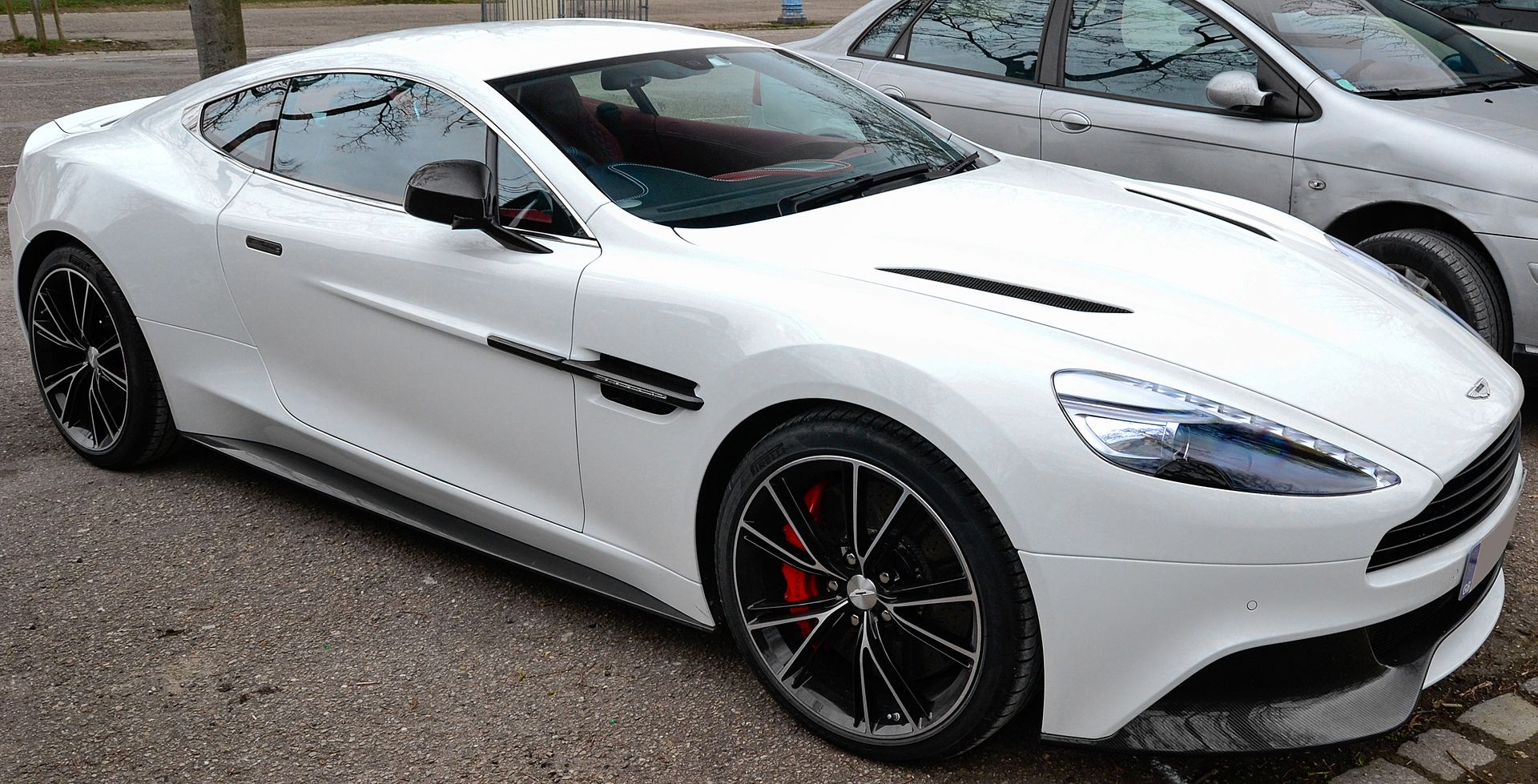 Px White Aston Martin Vanquish In France Cropped