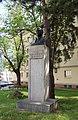 Wien-Ottakring - Franz-Schuhmeier-Denkmal 02.jpg