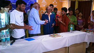Wiki15 cake cutting at Puri, Odisha, India.JPG