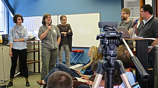 Wikimedia Metrics Meeting - July 2014 - Photo 18.jpg