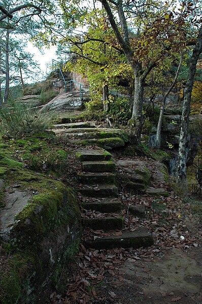 Wilgartaburg im Wasgau - das Burgenparadies in der Pfalz