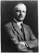 Wilhelm Cuno, 1876-1933, half-length portrait, facing right LCCN2005680053.jpg