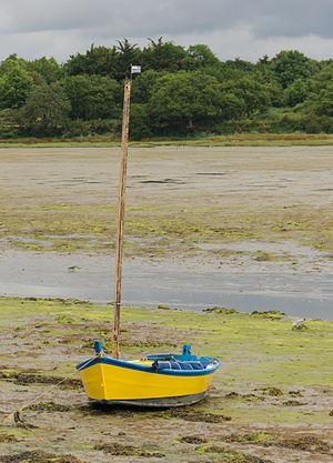 yellow boat, Morbihan, France
