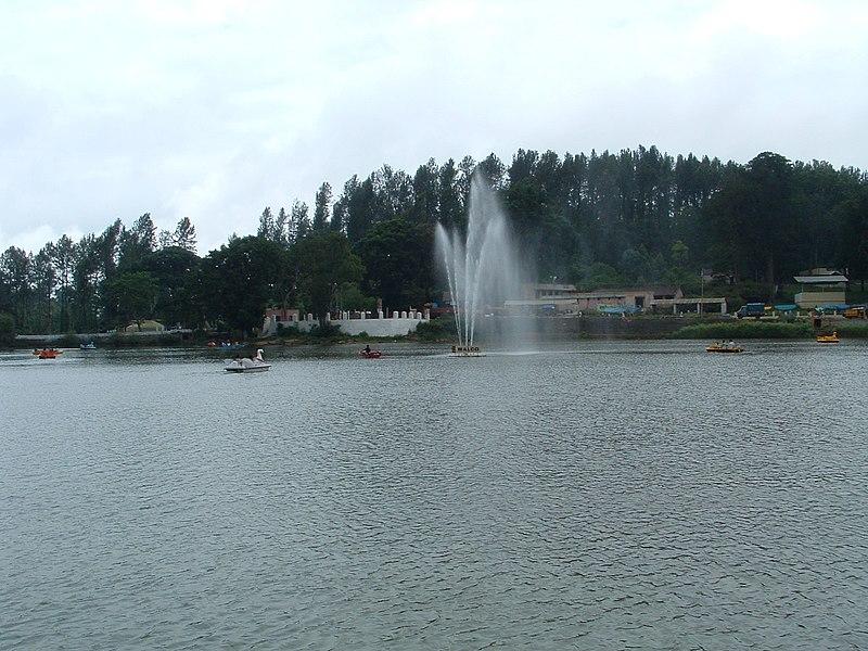 படிமம்:Yercaud lake 2.JPG