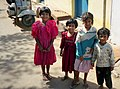 Young children in Mysore (4819418647).jpg