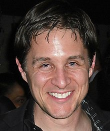 yuri lowenthal dragon age