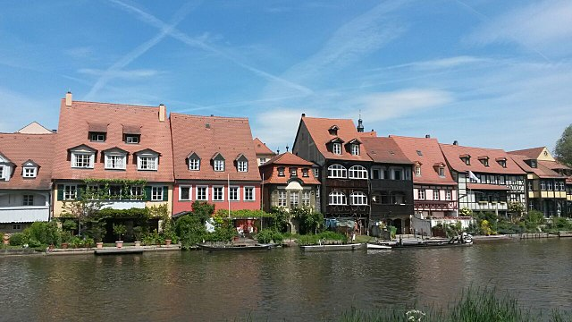 Klein_Venedig - Uferbebauung am linken Regnitzarm in Bamberg, By Fjbehr (Own work) [CC BY-SA 4.0 (http://creativecommons.org/licenses/by-sa/4.0)], via Wikimedia Commons