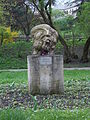 """""""Portret mężczyzny"""", wiosna, Kielce - Park Miejski (jw14).JPG"""