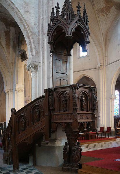 Fresnoy-le-Grand.- Aisne.- France. Église Saint-Éloi, La chaire (du latin cathedra, le siège)