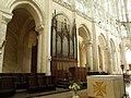 Орган церкви сен-Пьер - panoramio (1).jpg