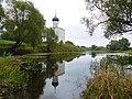 Отражение храма в тихой воде.jpg