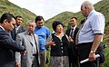 Президент Киргизии и представитель НАБУ.jpg