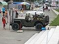 Ретро авто у входа в аквапарк - panoramio.jpg