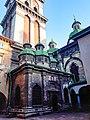 Церква Успіння Пресвятої Богородиці-2, Львів.jpg