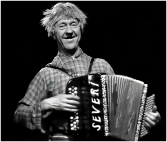 Finnish accordionist Esa Pakarinen (Feeliks Esaias Pakarinen (1911-1989) Esa Pakarinen.png