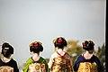 知恩院 舞妓撮影 Chion-in Maiko (11153303693).jpg