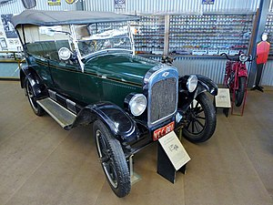 Planned obsolescence - Image: 1923 Chevrolet Superior Series B, National Road Transport Hall of Fame, 2015