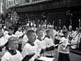 1955 Maastricht Heiligdomsvaartprocessie, Polygoonjournaalclip 07.jpg