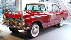 1960 Nissan Cedric 01.jpg