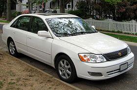 2000-2002 Toyota Avalon -- 04-11-2012 1.JPG