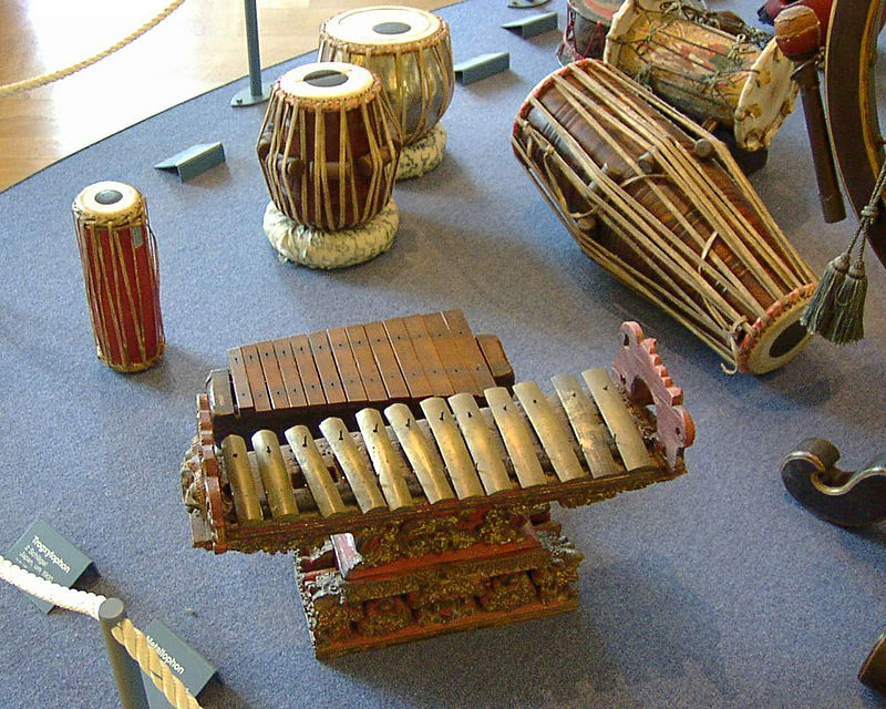 2002-dmuseum-musik002-800.jpg