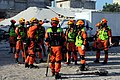 2010년 중앙119구조단 아이티 지진 국제출동100118 중앙은행 수색재개 및 기숙사 수색활동 (6).jpg