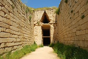 Tomb of Clytemnestra - Image: 20100408 mykines 51