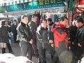 2011년 1월 24일 강원도지사 이광재 강릉중앙시장 방문 SAM 0080.jpg