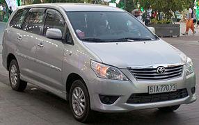 Innova Car Model And Price